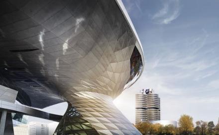 BMW Group Werk München jetzt auf Instagram: Blick hinter die Kulissen des Stammwerks