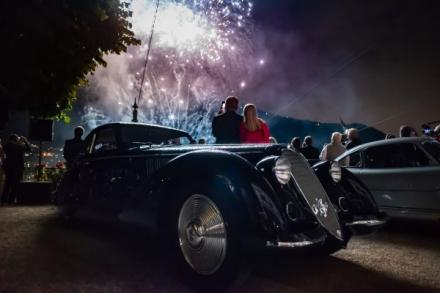 "Preisverleihung als glanzvoller Abschluss des Festivals der Eleganz unter dem Motto ""The Symphony of Engines – 90 Years of the Concorso d'Eleganza Villa d'Este & BMW Automobiles"".+++ Berlinetta Coupé aus dem Jahr 1937 überzeugt die internation"